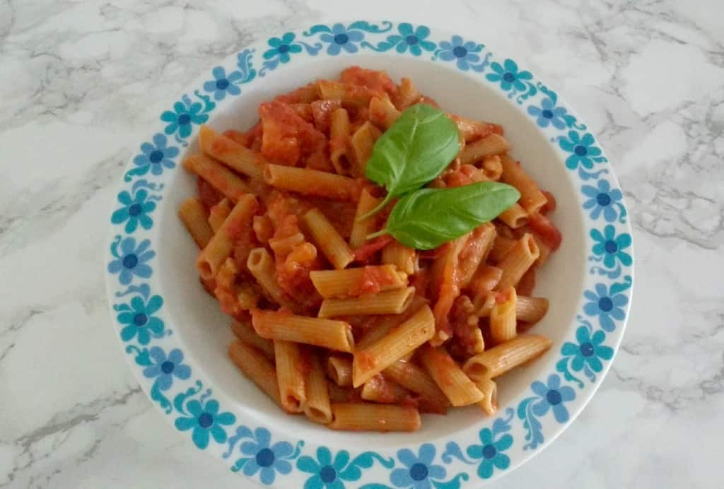pasta arabiatta met walnotengehakt Lisa Steltenpool