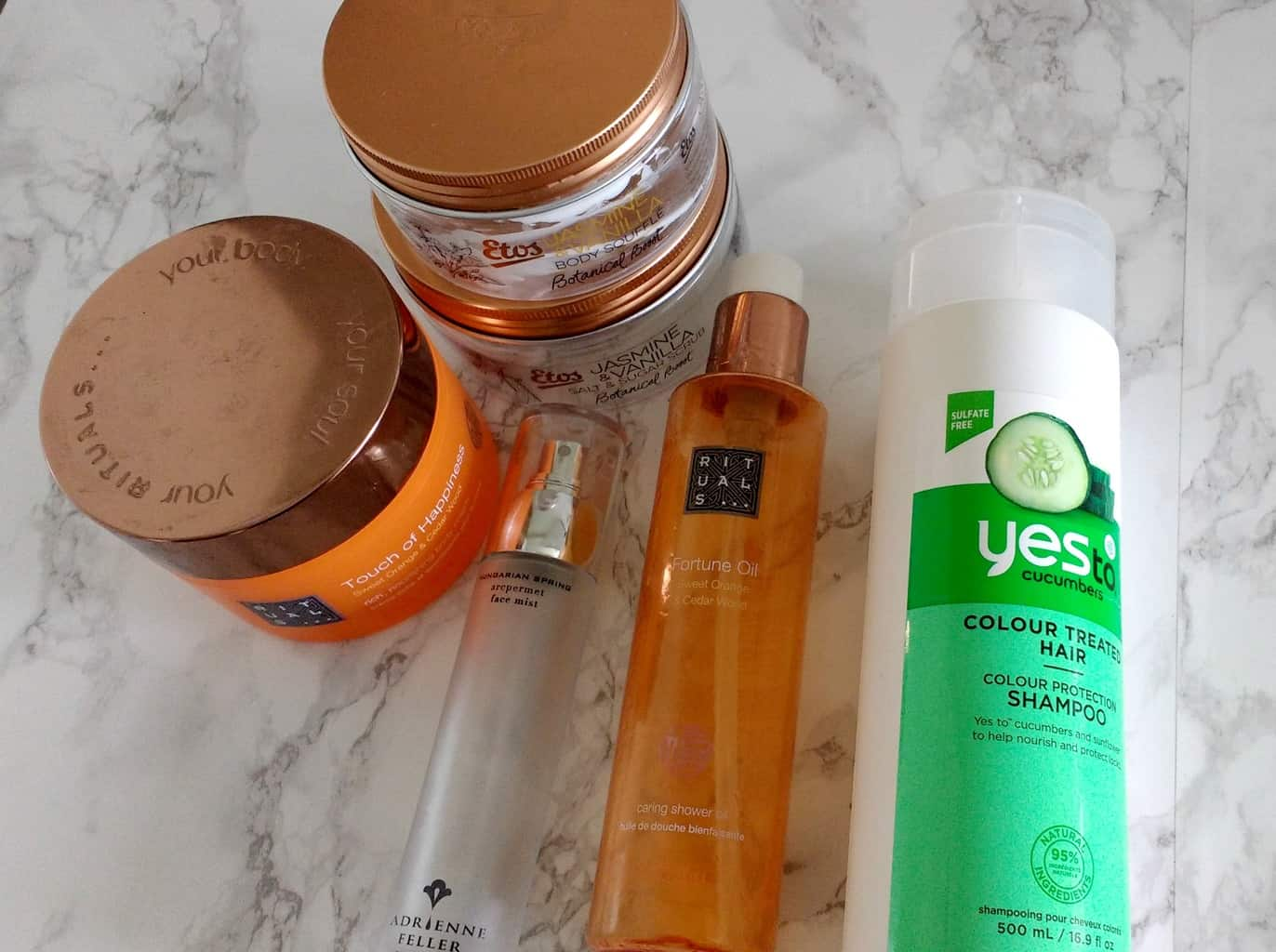 Opgemaakte beautyproducten april 2016